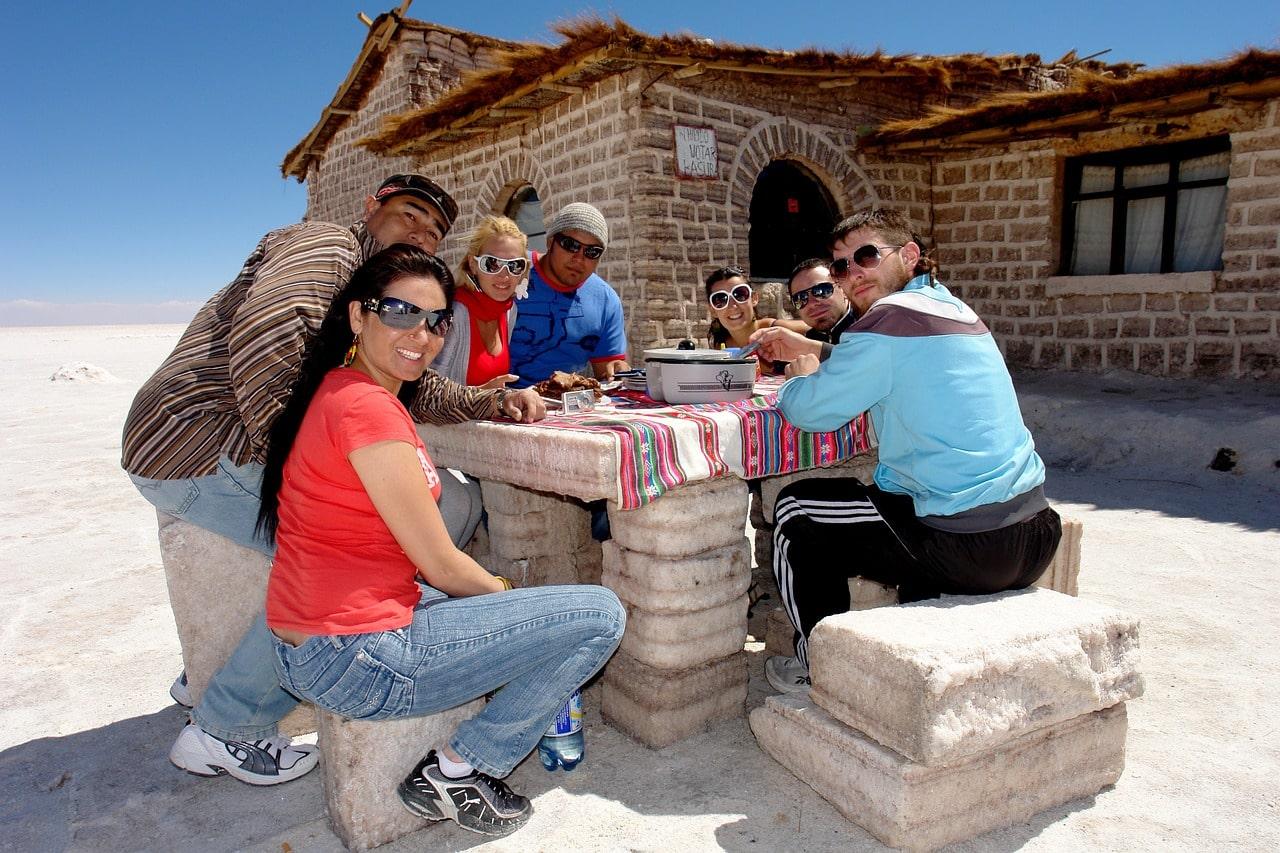 Plate-forme de partage d'expériences de vacances et d'activités loisirs.