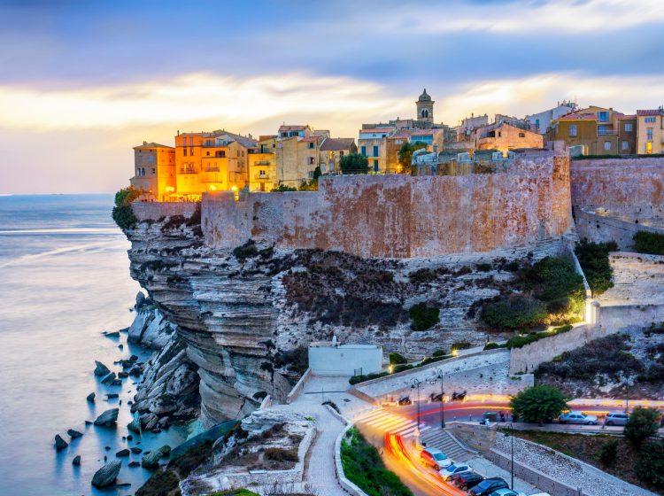 Où trouver des gîtes de qualité en Corse ?